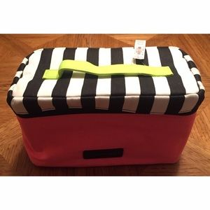 NWT Victoria's Secret Travel Case
