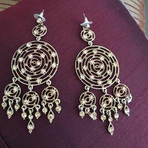 Jewelry - Dangling rhinestone earrings