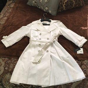 Beautiful brand new summer trench coat