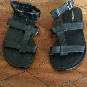 Black sandals  sz 7.5