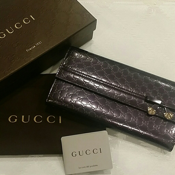 8d1bf6403f Gucci Bags | Controllato Leather Wallet | Poshmark