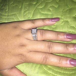 Jewelry - Ring. Three bands with custom heart engraved