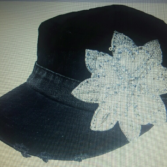 aad45e9971d Women s Acid wash black cadet cap with Bling