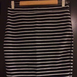 Very flattering navy striped stretch pencil skirt