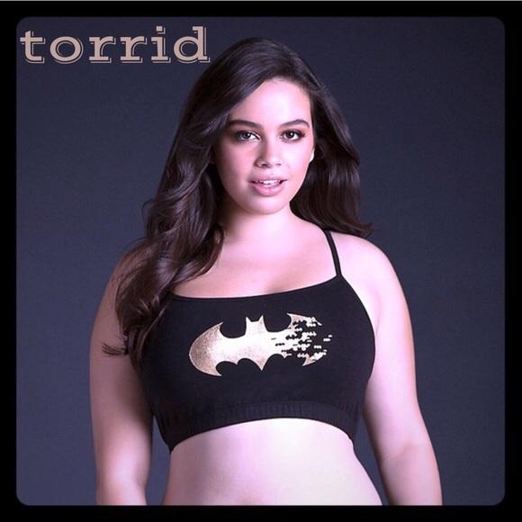 cb46e91e08 NWT Torrid PLUS Batman Bra Top