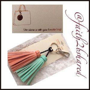 Sophia & Kate Accessories - 🔴New key chain /purse hook ✨✨✨