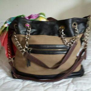 Deena & Oozzy Handbags - Deena & Ozzy Purse