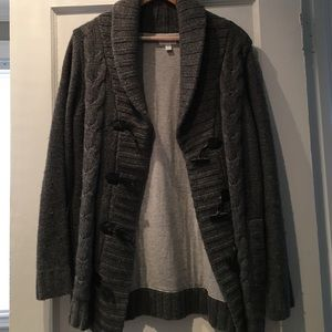 A Pea in the Pod Jackets & Blazers - A Pea In The Pod Gray Toggle Sweater Coat