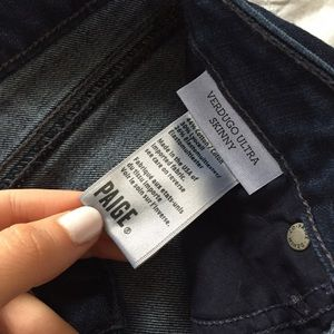 PAIGE Pants - PAIGE Verdugo Ultra Skinny -- 👖 -- LIKE NEW!