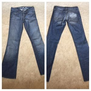 New authentic Juicy Couture low rise Cali jeans
