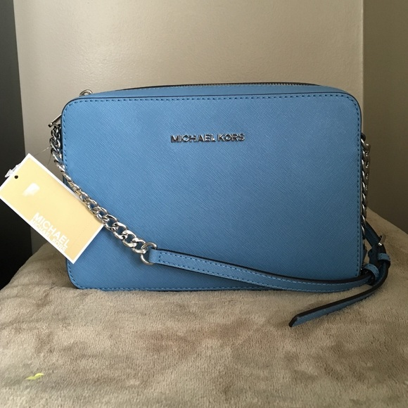 e49938e2bd6be Michael Kors Jet set Travel Sky Blue LG Crossbody