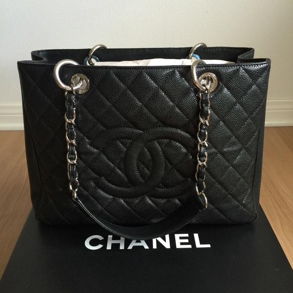 dc66e6a22e6f89 CHANEL Handbags - HP🎉🆕Chanel GST Black Caviar Leather Tote