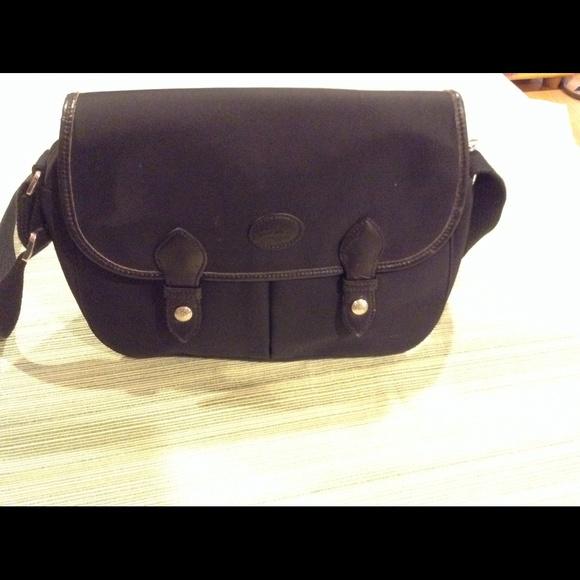 fbf0957699fb Longchamp Handbags - Longchamp black nylon messenger bag