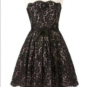Robert Rodriguez sz10 black lace overlay dress