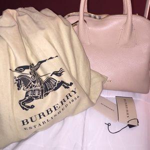 3fb90392d371 Burberry Bags - Brand new cream colored Burberry bag! Never used