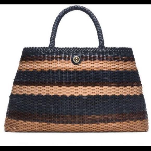 45baae40187 Tory Burch Robinson Basket Weave Slouchy Tote. M 572e86586802786e7303ee03