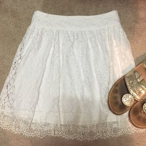 Stoosh Dresses & Skirts - Bright white lace skirt