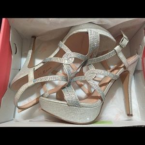 Shoes - Strappy Sparkly Silver Heels Size: US 8.5