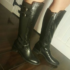 Etienne Aigner Shoes - Leather elastic boots