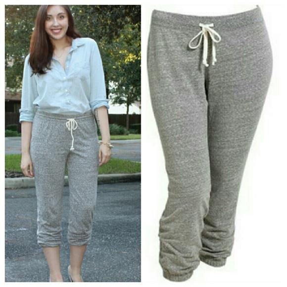 a928942d22 Old navy jogger pants gray white XXL 2x 18 20 NWT