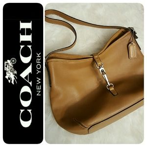 Coach Handbags - Coach Leather Purse