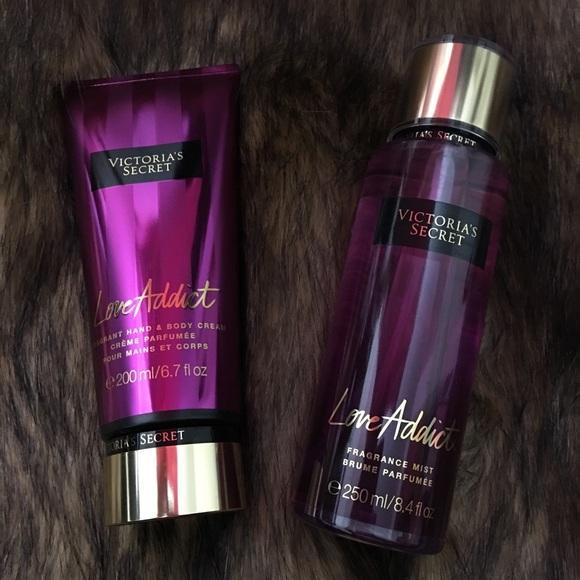 aeeee5dfa6d12 ✨NEW victoria's secret love addict spray & lotion✨ Boutique