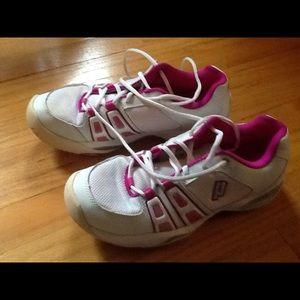 Prince Shoes - Prince T-14 Women US 9.5 Tennis Shoes / Sneakers