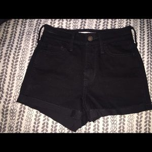New Hollister High Rise Shorts Size: 00/23