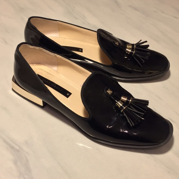 c4885c79d8d Zara Black Patent Leather Tassel Loafers. M 572ecbc513302a1358048122