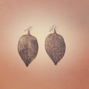 Gold Leaf Dangling Earrings