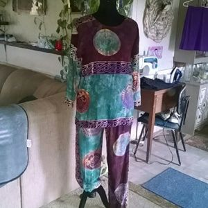 SPA Accessoires Other - Beautiful handmade India inspired pantsuit