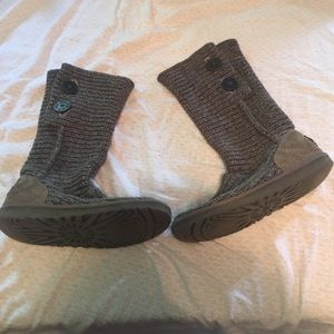 Gray knitted uggs