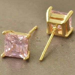 Unknown/Unbranded Jewelry - Brand 🆕 Beautiful Pink 9k Solid Gold Filled Studs