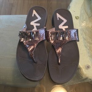 Anne Klein Shoes - ✨ Gorgeous Anne Klein Sport Sandals✨