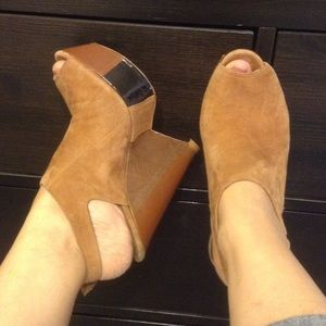 L.A.M.B. Shoes - L.A.M.B brown suade wedges