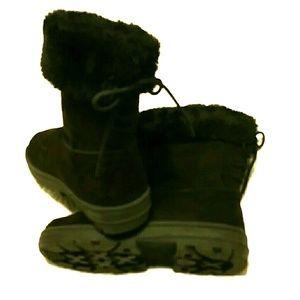 Seven Dials Shoes - Black mid calf winter boot