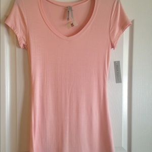 Tops - Brand new pink T