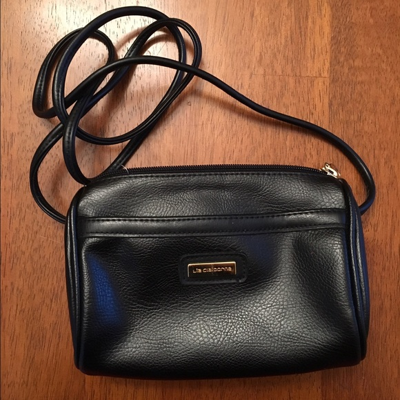 Liz Claiborne Handbags - Liz Claiborne small black purse 40c7f481213ce
