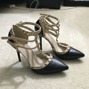 Wild Diva Shoes - Studded Black &Nude Pumps