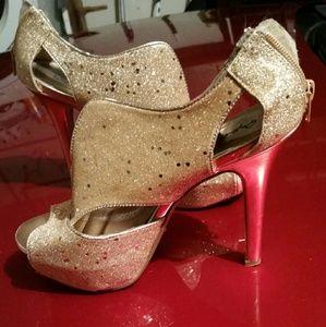 Gold glitter heel