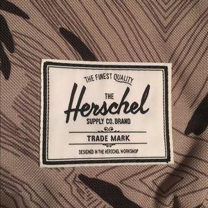 Herschel supply company handbags nwt herschel classic geo 21l herschel supply company bags nwt herschel classic geo 21l backpack publicscrutiny Image collections