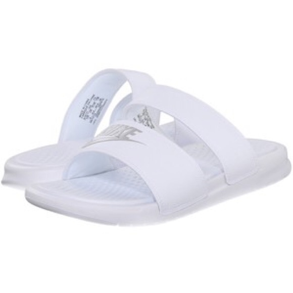 Nike Benassi Duo Ultra Women's Slide Sandals