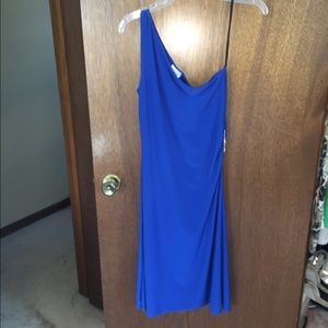 Beautiful blue evening dress with side broach