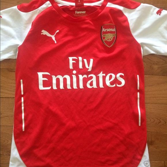 detailed look 4b1f0 9f436 Women's Arsenal Jersey