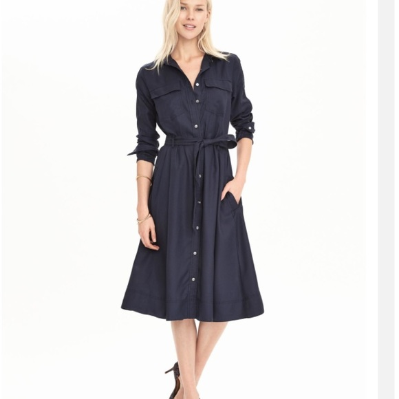 69393a54337 Banana Republic Navy Blue Midi Shirtdress