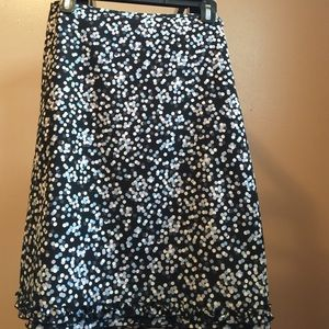 Size 6 Knee length skirt from The Limited