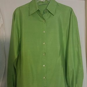 LORD & TAYLOR Green Silk  Blouse Vintage Small