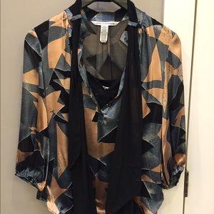 Diane Von Furstenberg Rayon/silk patterned blouse
