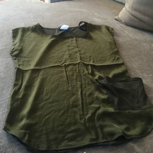 Forest green top