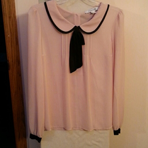 1a355f5d8d264 Forever 21 Tops - Forever 21 Light Pink Blouse w  Peter Pan Collar